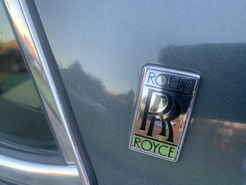 ROLLS-ROYCE SILVER SPUR V8 SALOON TWO