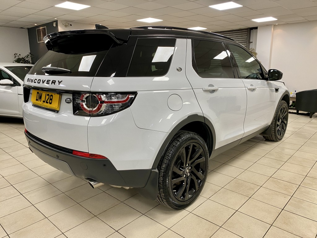 LAND ROVER DISCOVERY SPORT 2.0 TD4 HSE BLACK 5DR AUTOMATIC