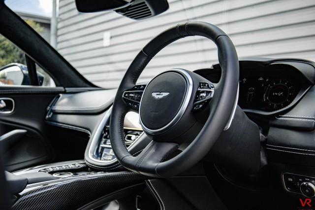 2020 (70) ASTON MARTIN DBX 4.0 V8 5DR AUTOMATIC   <em>2,398 miles