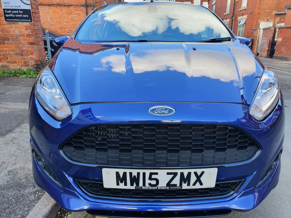 FORD FIESTA 1.0 ZETEC S 3DR £0 TAX - SAT-NAV - HEATED LEATHER - PRIVACY GLASS
