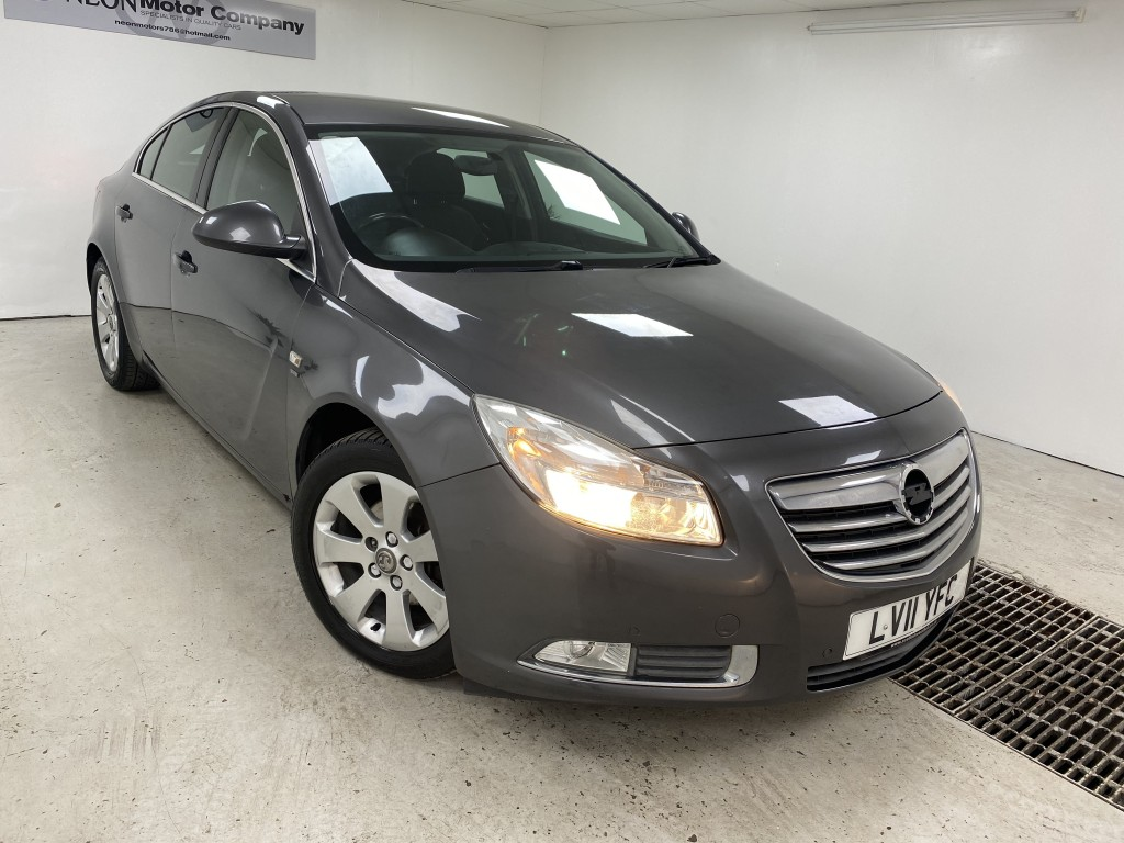 Used VAUXHALL INSIGNIA 2.0 SRI CDTI 5DR in West Yorkshire