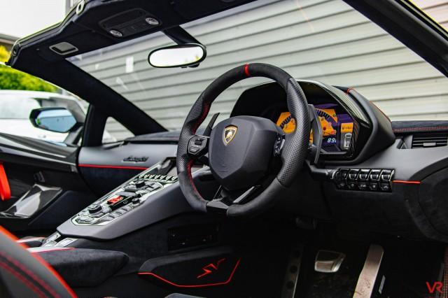 2016 (16) LAMBORGHINI AVENTADOR 6.5 V12 LP 750-4 Superveloce Roadster ISR 4WD 2dr | <em>2,452 miles