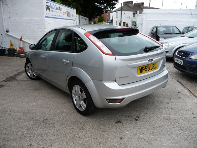 2009 (59) FORD FOCUS 1.6 STYLE 5DR