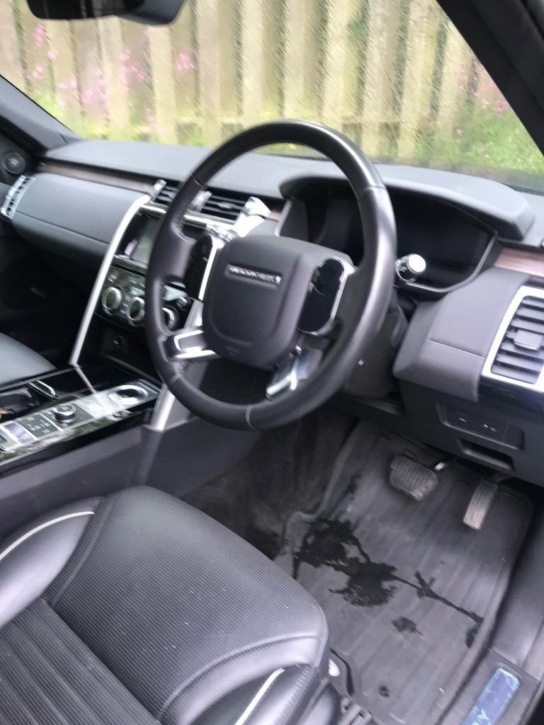 LAND ROVER DISCOVERY 3.0 SDV6 COMMERCIAL HSE AUTOMATIC