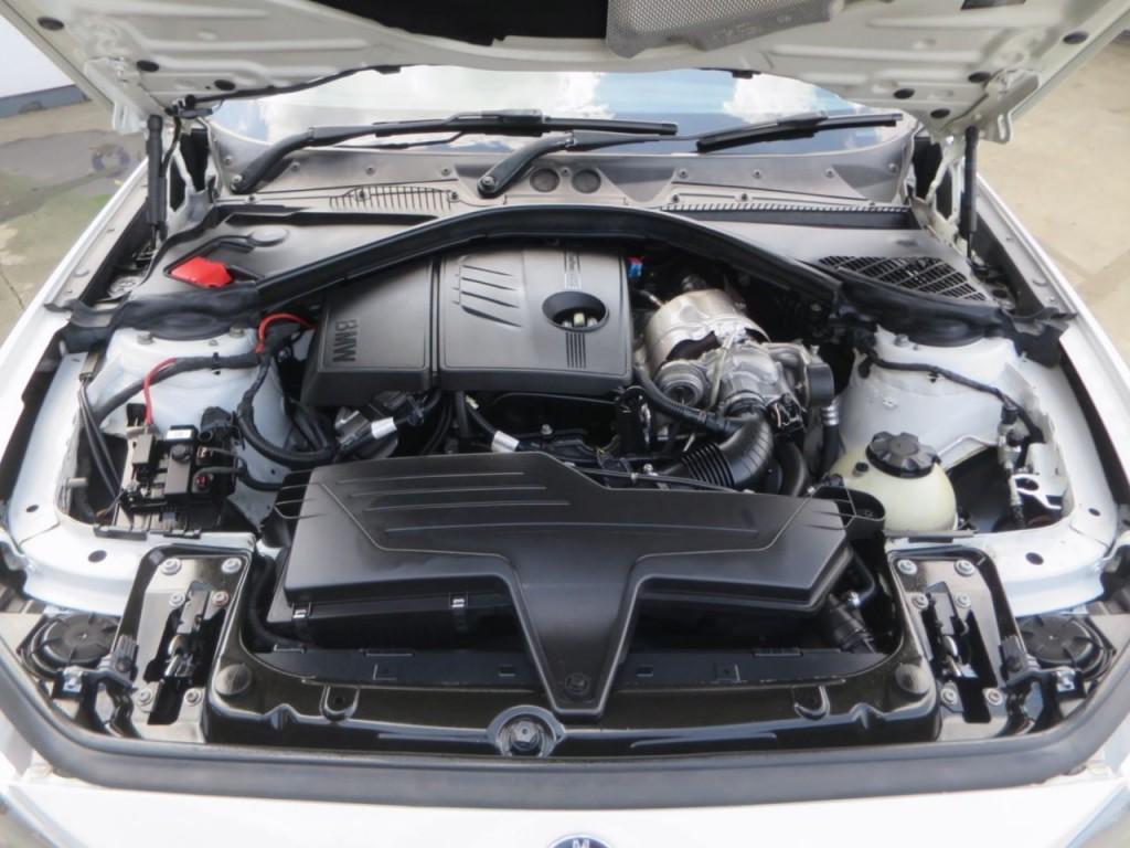 BMW 1 SERIES 1.6 114I SPORT 5DR