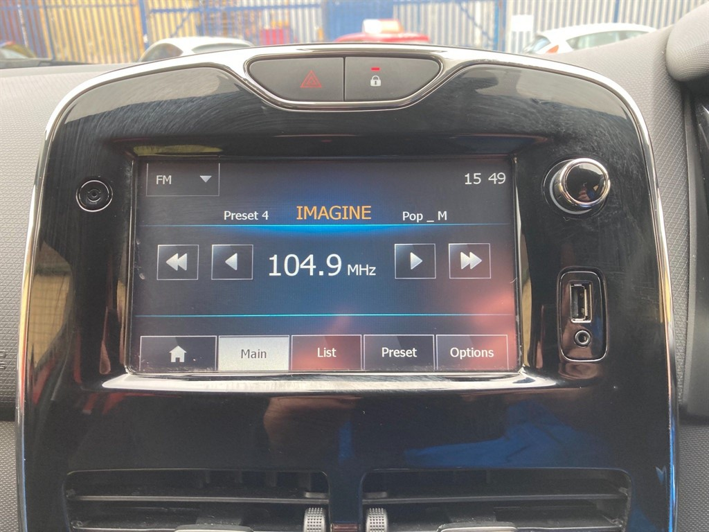 RENAULT CLIO 1.5 DYNAMIQUE MEDIANAV DCI 5DR AUTOMATIC