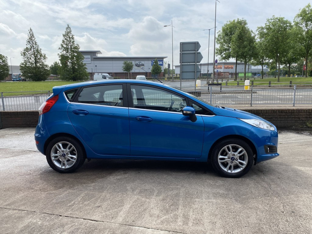 FORD FIESTA 1.0 ZETEC 5DR AUTOMATIC