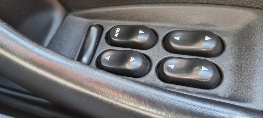 FORD DORCHESTER LIMOUSINE 4.0 LIMOUSINE 6DR AUTOMATIC