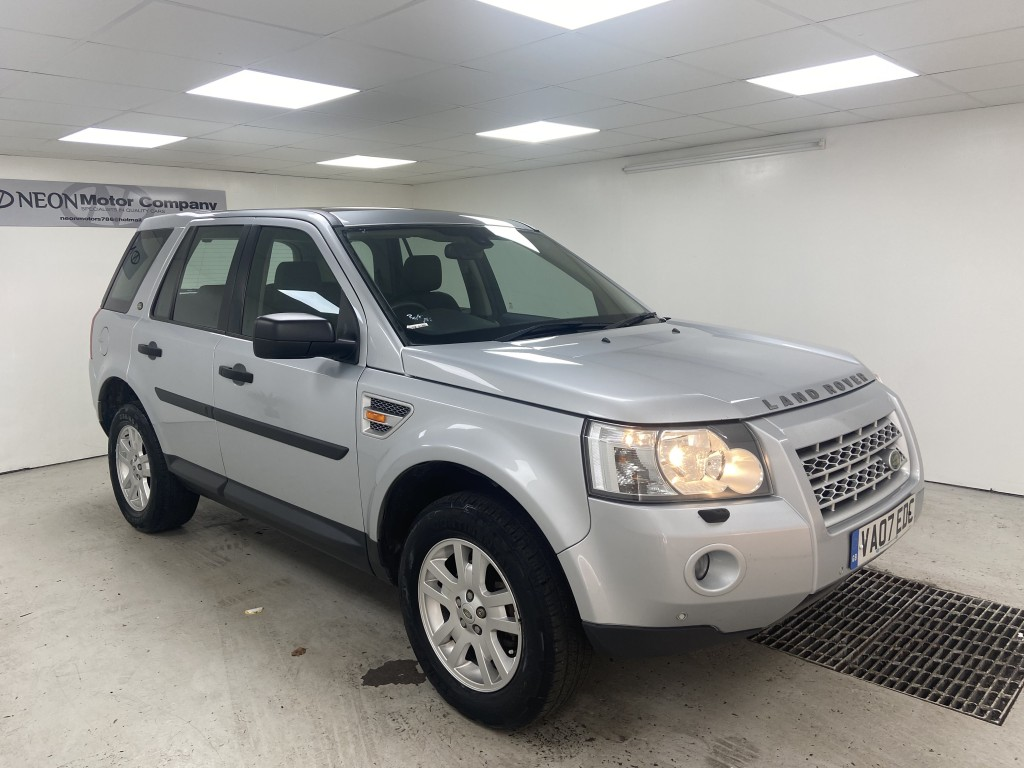 Used LAND ROVER FREELANDER 2.2 TD4 SE 5DR AUTOMATIC in West Yorkshire