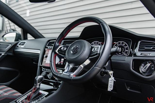 2019 (19) VOLKSWAGEN GOLF 2.0 GTI PERFORMANCE TSI DSG 5DR SEMI AUTOMATIC   <em>14,173 miles