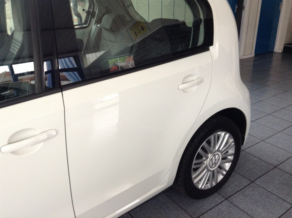 VOLKSWAGEN UP! 1.0 MOVE UP BLUEMOTION TECHNOLOGY 5DR AUTOMATIC