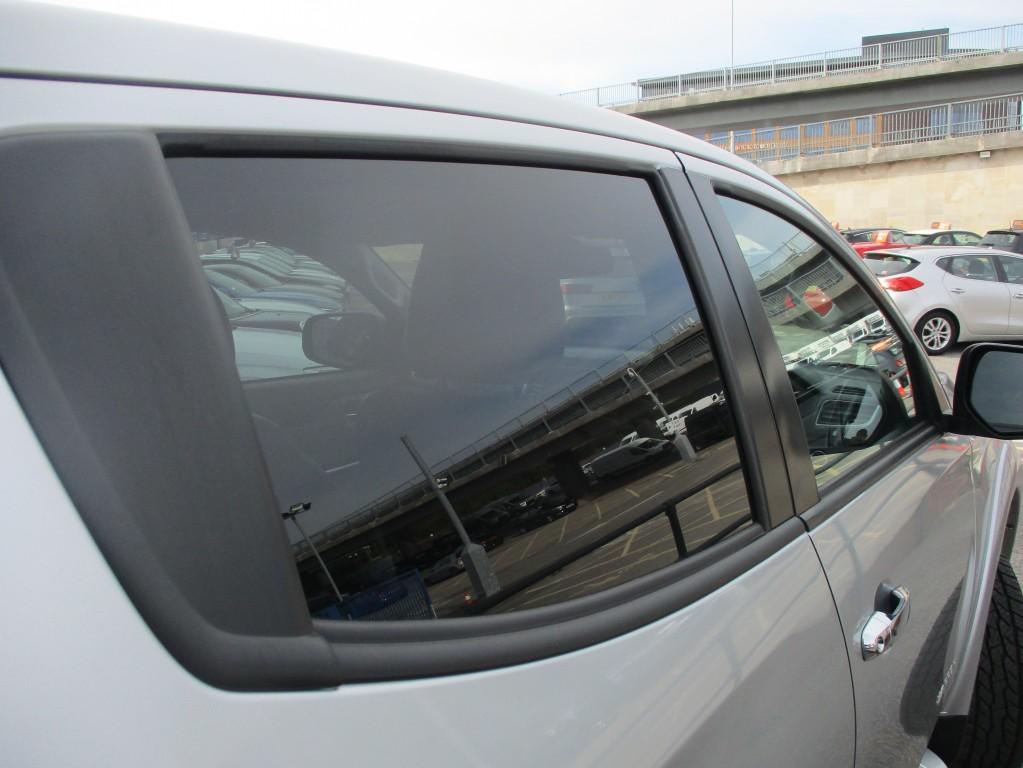 MITSUBISHI L200 2.4 DI-D 4WD WARRIOR DCB