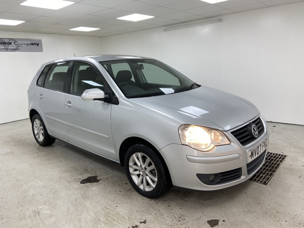 Used VOLKSWAGEN POLO 1.4 S 5DR AUTOMATIC in West Yorkshire