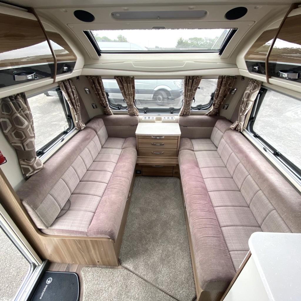SWIFT Elegance 650