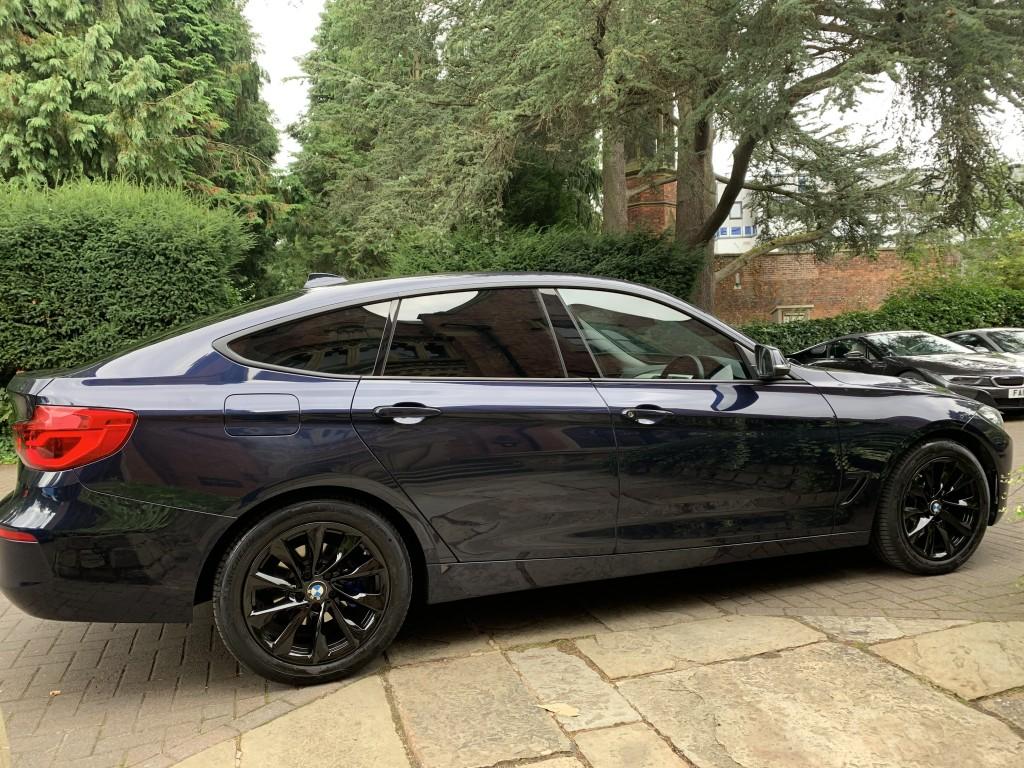 BMW 3 SERIES 2.0 318D SE GRAN TURISMO 5DR