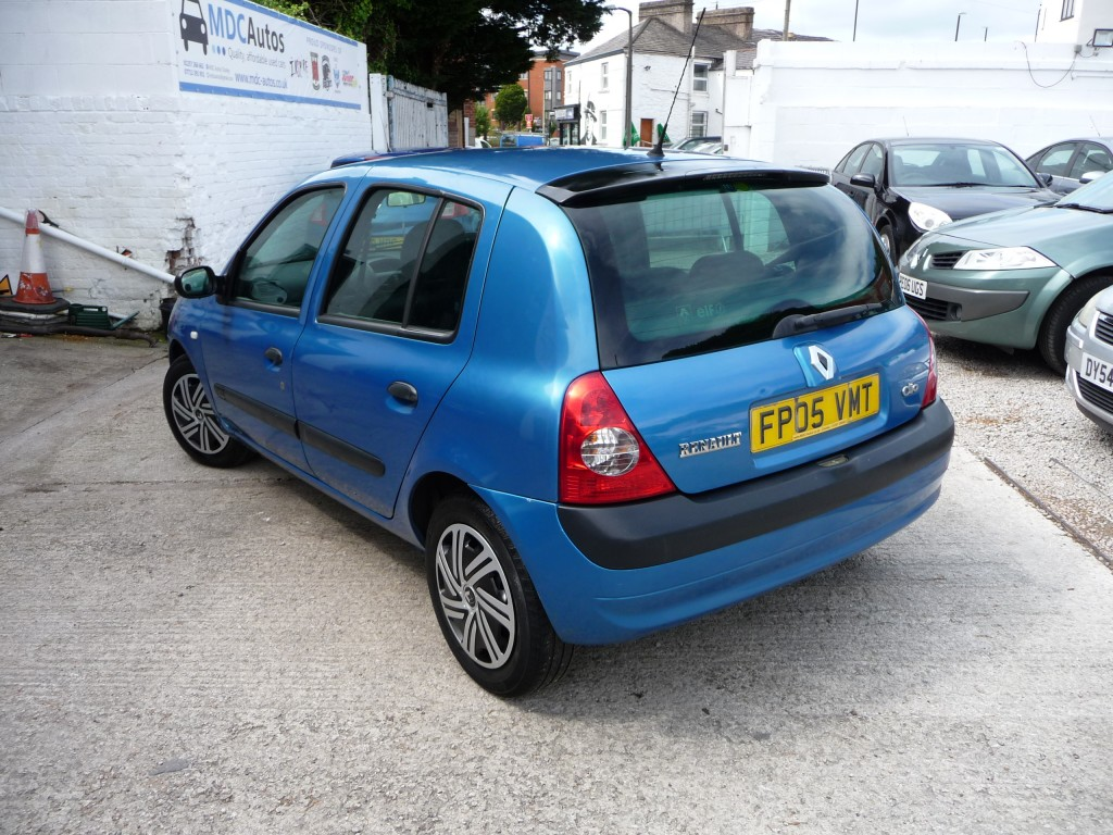RENAULT CLIO 1.4 EXPRESSION 16V 5DR AUTOMATIC