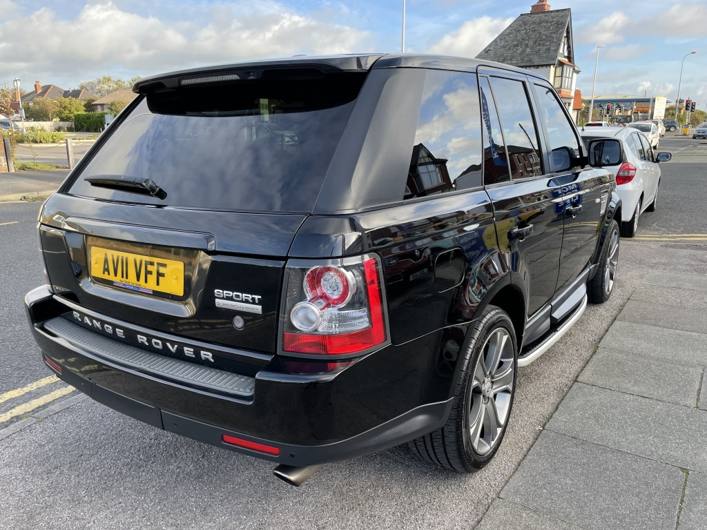 LAND ROVER RANGE ROVER SPORT 5.0 V8 HSE 5DR AUTOMATIC