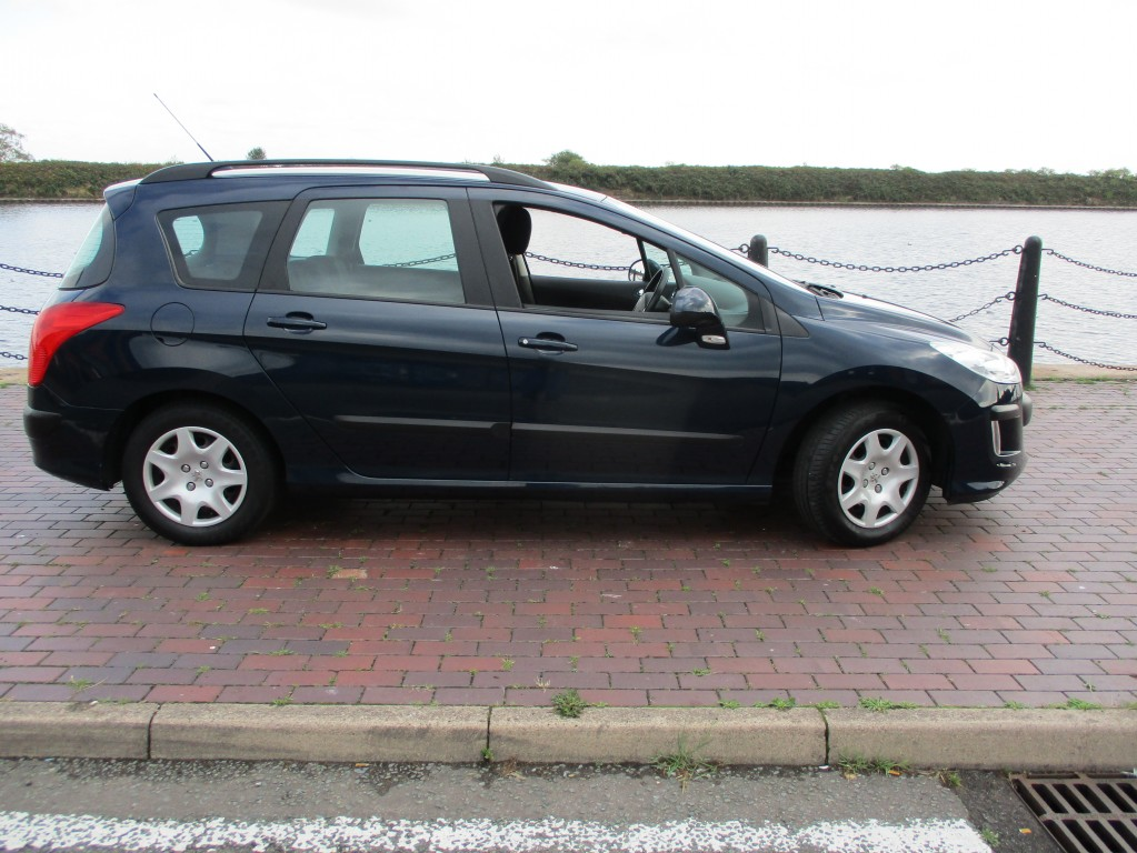 PEUGEOT 308 1.6 SW S HDI 5DR