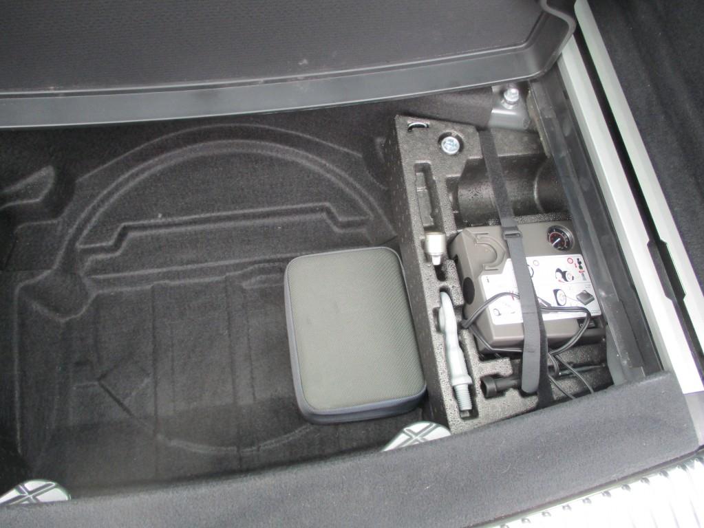 VOLKSWAGEN TOUAREG 3.0 V6 SE TDI BLUEMOTION TECHNOLOGY 5DR AUTOMATIC
