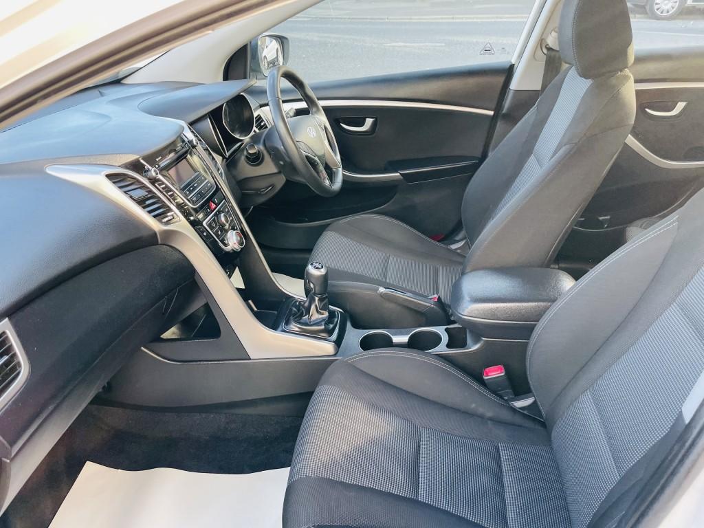 HYUNDAI I30 1.6 CRDI ACTIVE BLUE DRIVE 5DR