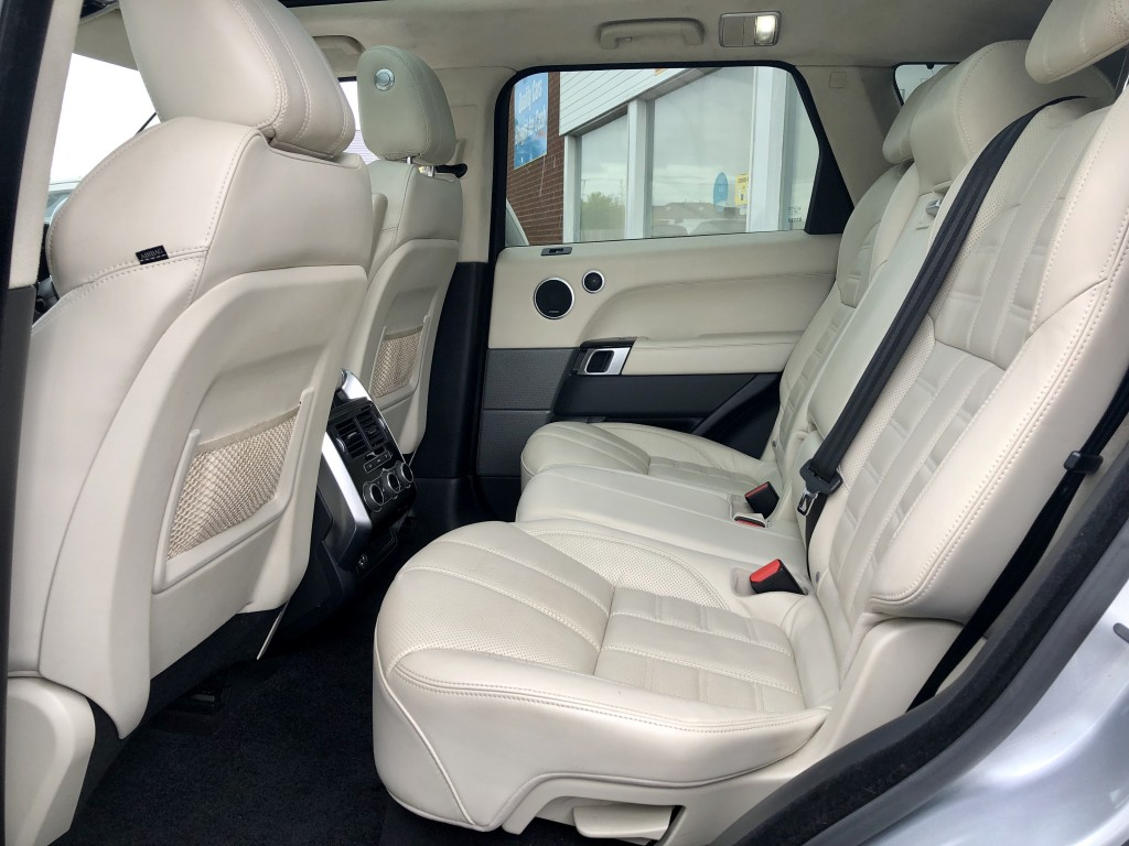 LAND ROVER Autobiography  Sport