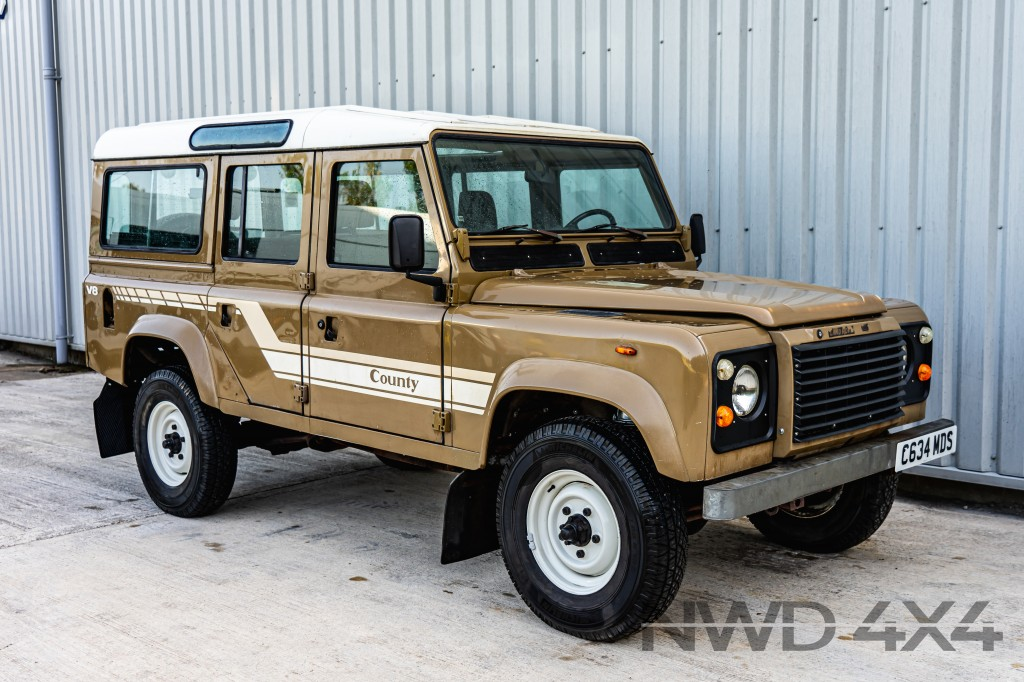 Used LAND ROVER DEFENDER 110 COUNTY SW  3.5  in Lancashire