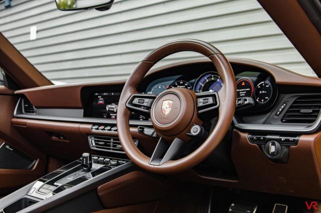 2019 (69) PORSCHE 911 3.0 CARRERA S PDK 2DR SEMI AUTOMATIC | <em>9,987 miles