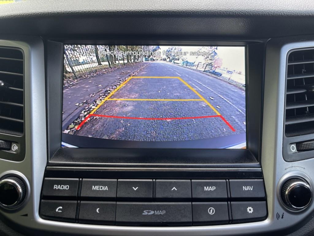 HYUNDAI TUCSON 1.7 CRDI SE NAV BLUE DRIVE 5DR SEMI AUTOMATIC