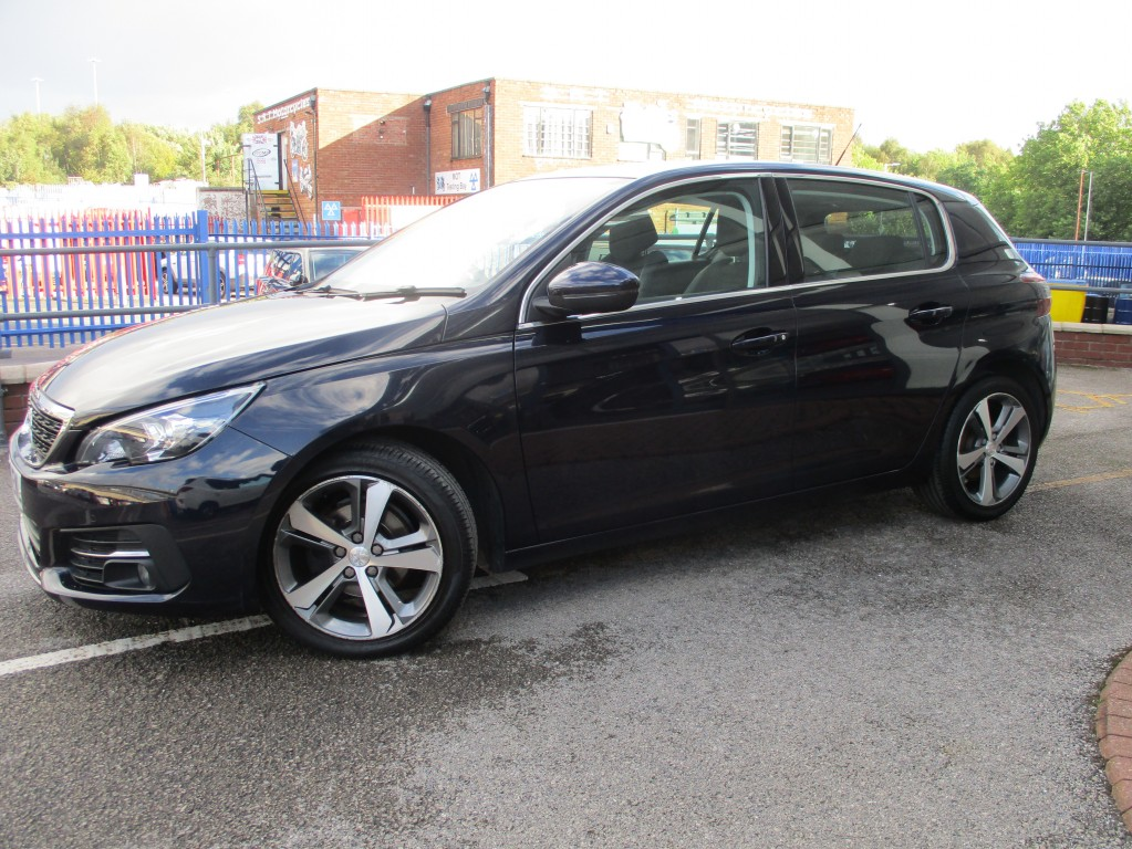 PEUGEOT 308 1.5 BLUE HDI S/S ALLURE 5DR