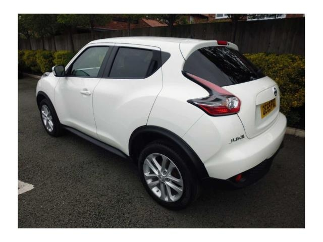 NISSAN Juke Hatchback 5-Door 1.2 DIG-T N-Connecta