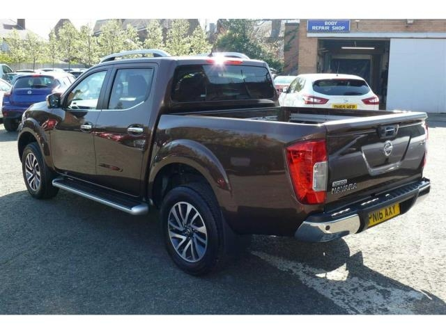 Nissan Np300 Navara 2 3dci Tekna Double Cab 4wd Pickup For