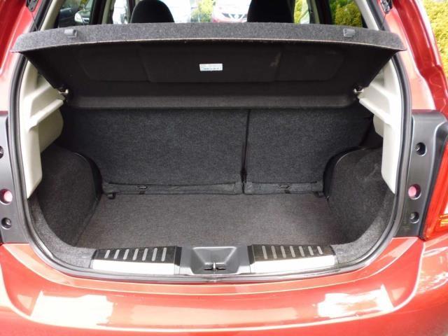 NISSAN Micra Hatchback 5-Door 1.2 n-tec