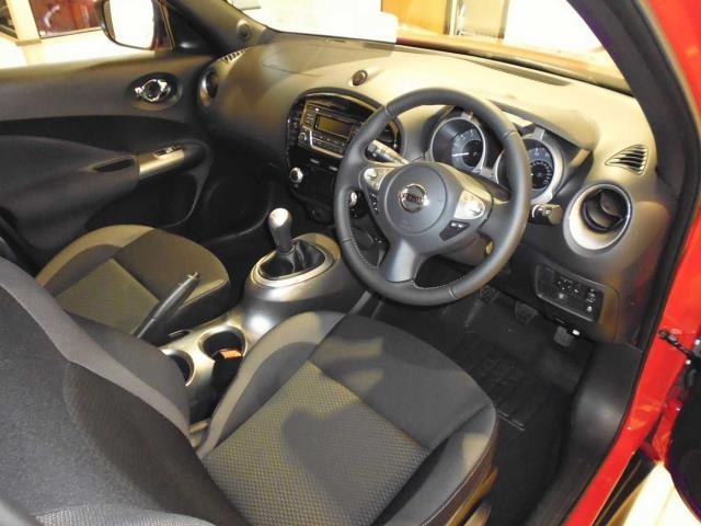 NISSAN Juke Hatchback 5-Door 1.6 Acenta