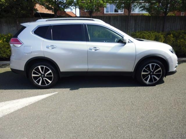 NISSAN X-Trail Station Wagon 5-Door 1.6 DIG-T N-Vision
