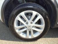NISSAN Juke Hatchback 5-Door 1.6 N-Connecta