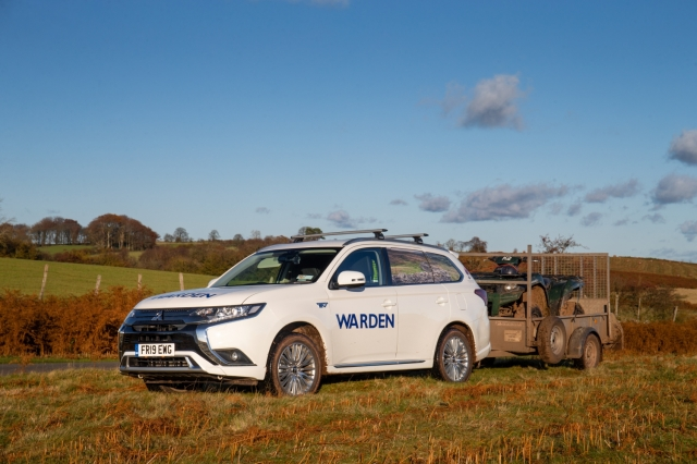 MITSUBISHI OUTLANDER PHEV COMMERCIAL IS TOUGH ENOUGH FOR BRECON BEACONS NAT